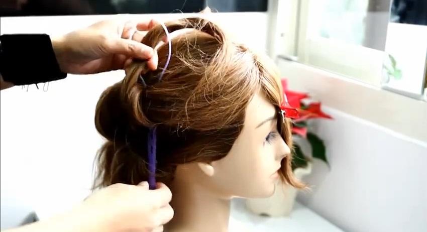 盤髮棒髮型