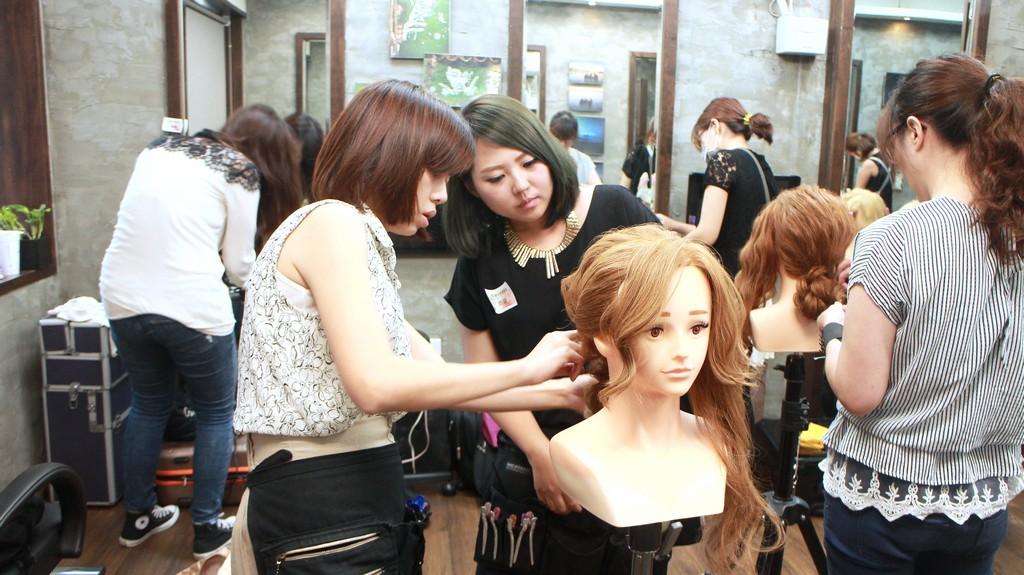 彩妝髮型技巧分享團