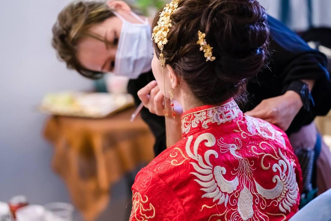 龍鳳掛婚禮造型推薦 活潑獨特的妝髮造型