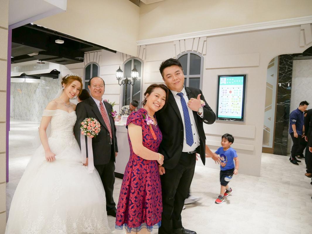 新娘造型午妝晚宴 感動人心的拜別父母